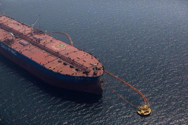 沙地阿拉伯证实游轮被炸,国际油价涨幅扩大